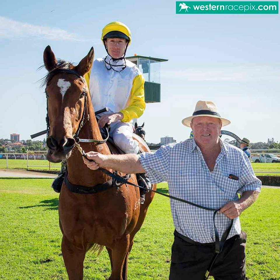 Rod Cosgrove returns to scale with Sweet OraPhoto: Western Racepix
